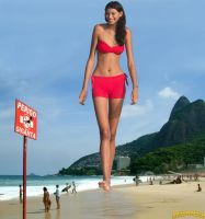 Giantess Elisany beach walk by lowerrider