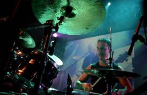 playing drums by ozgurcan