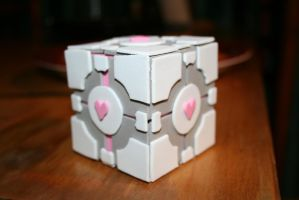 Weighted Companion Cube by bookabooka