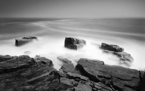 Sea bw by Iciness