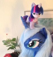 Luna and mini twilight hanging out by Epicrainbowcrafts