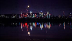 Montreal and the moon by LisaStockk