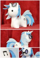 Commission - MLP - Itsy-Pony Vinyl Scratch - Deets by mihoyonagi