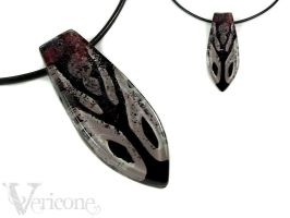 Snake Eyes - Male Pendant by vericone