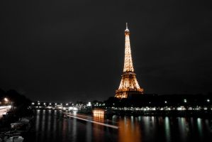 tour eiffel by EisNeXuS