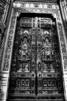 Duomo Entrance by Wil-028