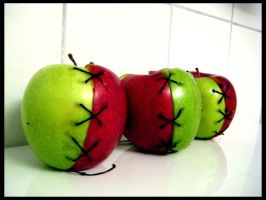 Apples to Apples by thegibber