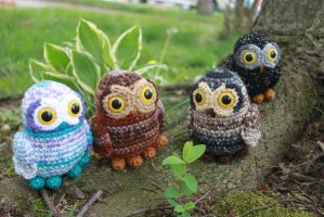 So Many OWLS by MilesofCrochet
