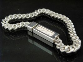 Cast Curb Link Chain Bracelet by TeruhisaDez