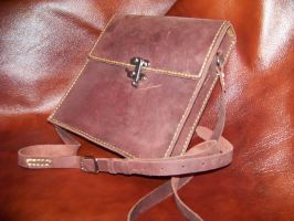 hand sewn 9x9 messanger bag by MerrillsLeather