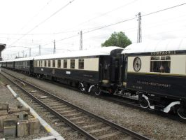 ORIENT EXPRESS 11 BAR CAR 3674 by kanyiko