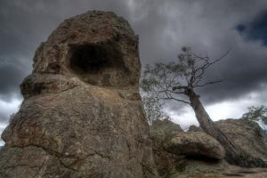 Picnic at Hanging Rock 2 by fazz1977