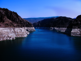 Lake Mead. by o0-Rawrtastic-0o