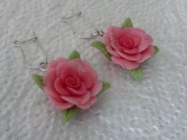 Pink rose earrings by PinkCakes