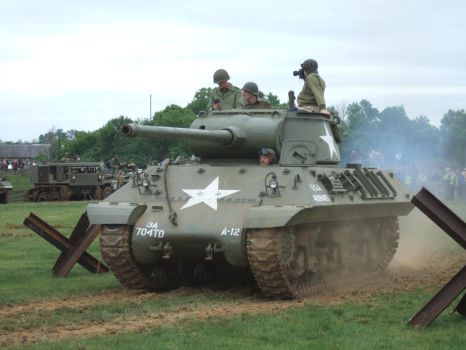 M36 in action by Aya-Wavedancer