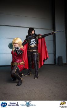 Captain Harlock and Kei Yuki - Guns blazing by NomesCosplay