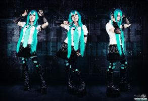 Load Program: CYBER MIKU by destroyinc