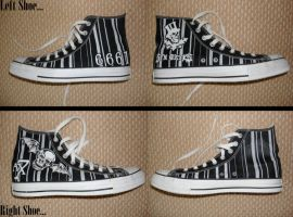 A7X Painted Converse by xx-gem-xx