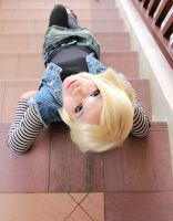 android 18 cosplay-1 by ShineUeki33