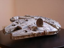 Millenium Falcon Model Kit by obihahn