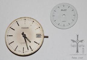 2 Round Watch Faces by TheoGothStock