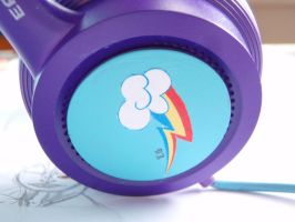 Custom Headphones by VegemiteGuzzler