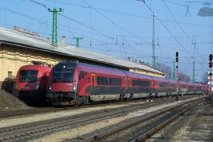 OBB Railjet in Gyor - 2010 jan by morpheus880223