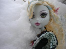 Lagoona in the snow by GothicKitta