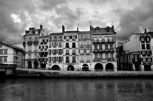 Bayonne II by Tom-Mosack