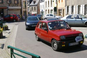 Renault 5 by doulifee