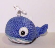 Walter the whale - amigurumi by lizduttons