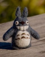 Needle-Felted Totoro by rgyoung