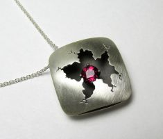 Sterling Silver Cracked Square Red Garnet by Utinni