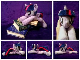 Alicorn Twilight Sparkle Beanie by equinepalette