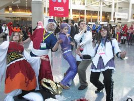 Anime Expo 2012 Crazy Bizarre Adventure Pose by jay421501
