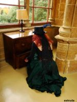 Lady Fontaine serches her drawers by Estruda