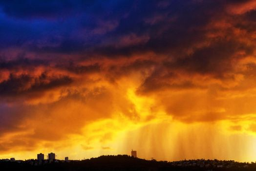 Golden Shower by ahermin