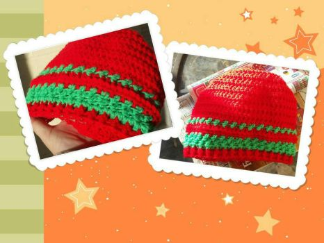 Red and Green Hat by Robin-Rose-Sama