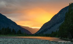 Similkameen Sunset by mtrphtgrphr