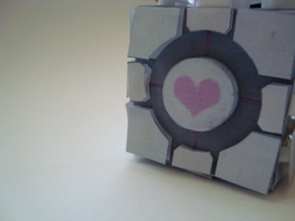 weighted companion cube by L-Justine