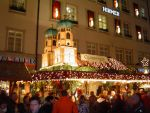 Gluehwein-shop in Munich by Arminius1871