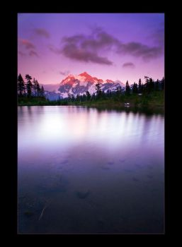 Alpine Lake Sunset by mysteriumtremendum