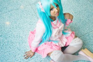 LOL  Miku 01 by Playitlikearainbows