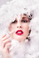 White feather boa by Elovera