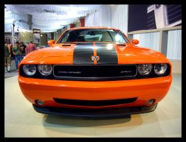 Dodge Challenger by sandwedge