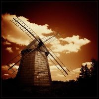 Windmill in dark 2 by moohra