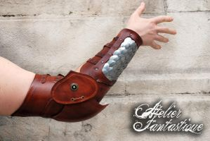 Dovahkiin leather articulated arm by AtelierFantastique