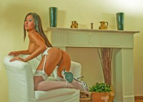 Homely by ladiespet