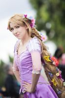Cosplay : Rapunzel - Supanova Melbourne 2013 by MaxLy