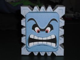 Thwomp papercraft by TimBauer92